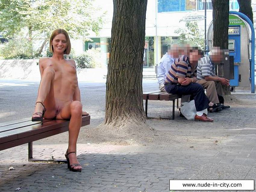 Exposed pussy on public place all?