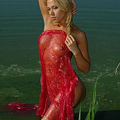 Nice-looking nudist blond beauty.