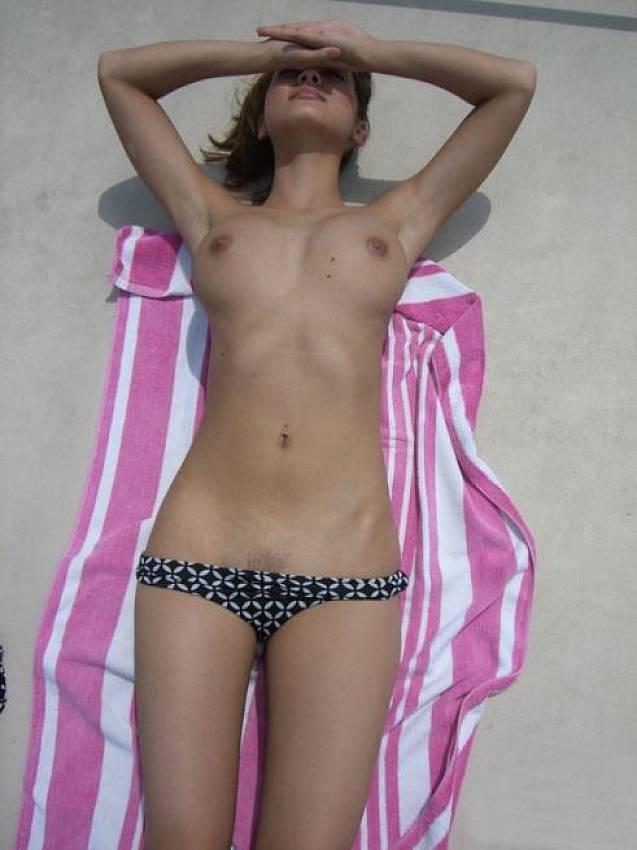 sexy white girl fucking butt ass naked